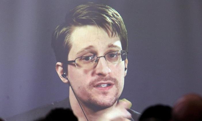 Русија му ја продолжи дозволата за престој на Сноуден за уште две години