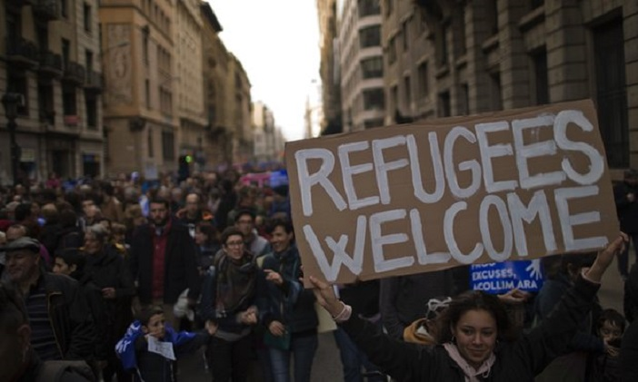 Илјадници протестираа во Барселона барајќи Шпанија да прима повеќе бегалци