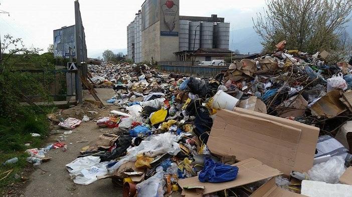 Тетовската  дива депонија  се полни  а надлежните гарантираат дека ќе ја снема до мај