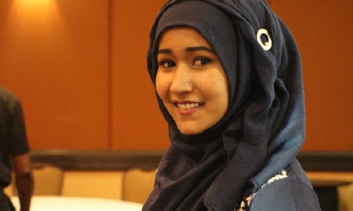 Студентка состави документ од 712 страници за да покаже дека и муслиманите го осудуваат тероризмот