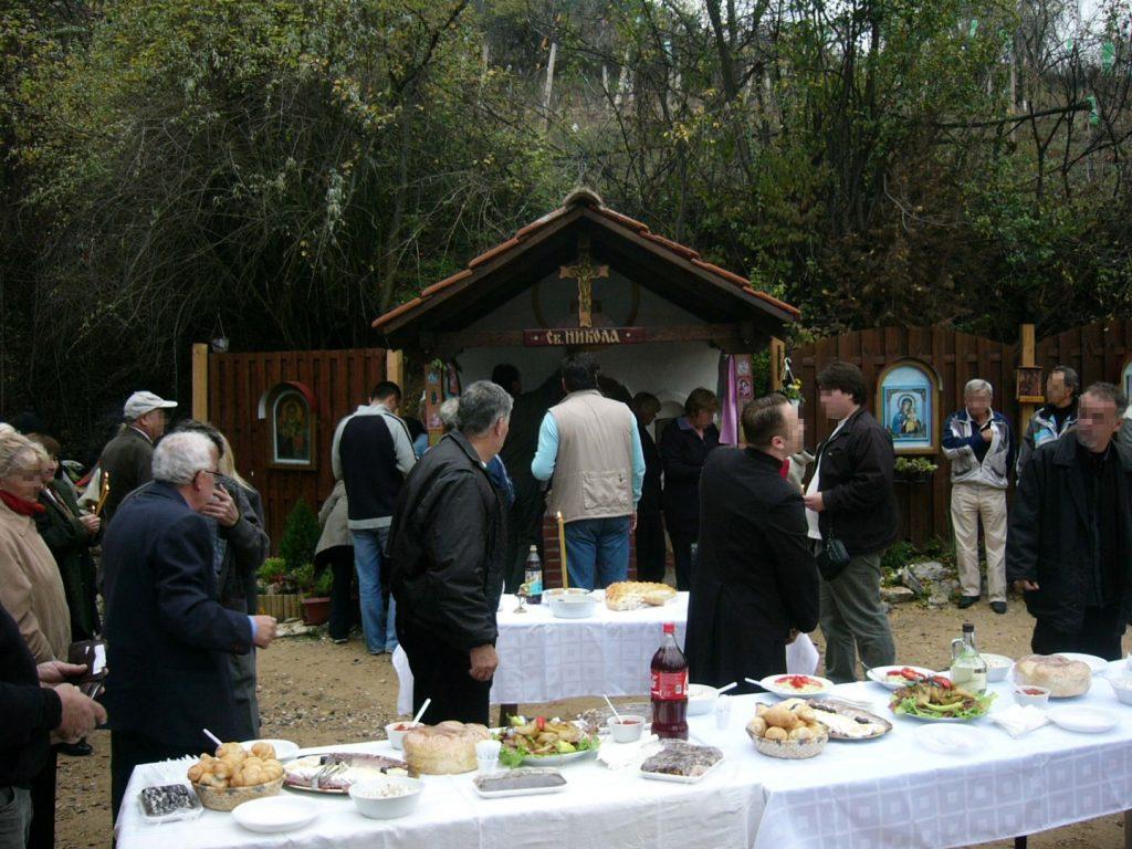 Собир кај црквичката Св. Никола