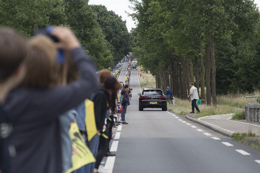 Човечки синџир против нуклеарните централи во Белгија