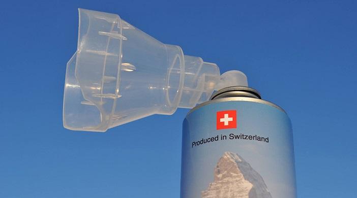 Швајцарци ќе им продаваат  алпски  воздух на Кинезите   10 минути дишење за 1 000 денари