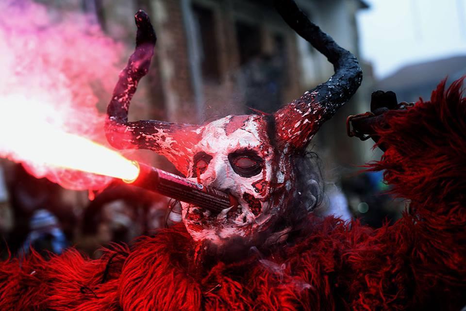 Фолтин    Pluto s Doubts  и Кирил Џајковски вечерва на Вевчански карневал