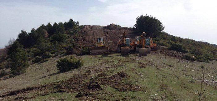 Гасоводот почна да ја делка шумата Водно, градските власти затечени од сечата